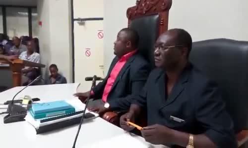 Meya Kinondoni amtumbua Mwanasheria wa Manispaa na watumishi wawili.