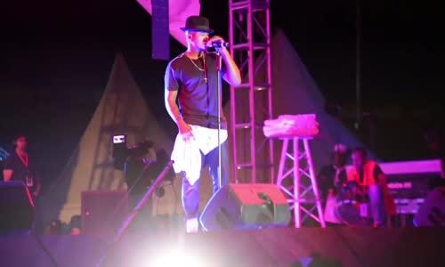 Ne-Yo akiimba kwa hisia katika tamasha la Jembeka Festival 2016