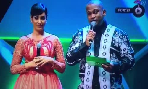 Hebu Cheki Jinsi Mbwana Samatta  Alivyokuwa Akibeba Tuzo