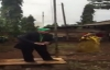 Mgembea udiwani wa CCM akipiga Kampeni