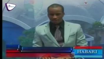 Kijana ajitolea kubeba bango la Lowassa